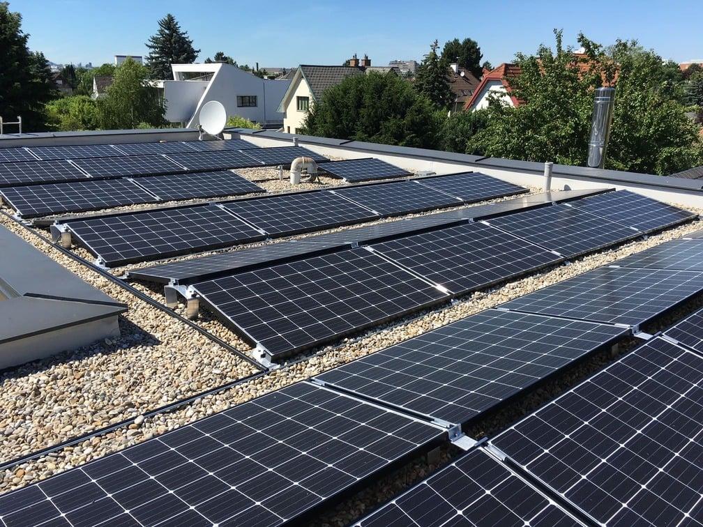 Referenzbild einer Photovoltaik Ost-West-Ausrichtung