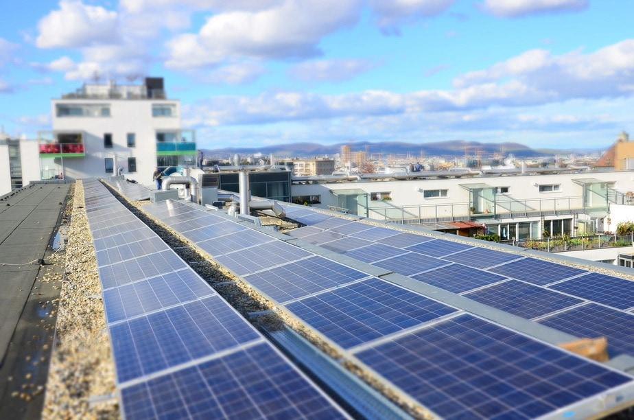 Referenz zur Photovoltaik-Montage: Contracting in Wien